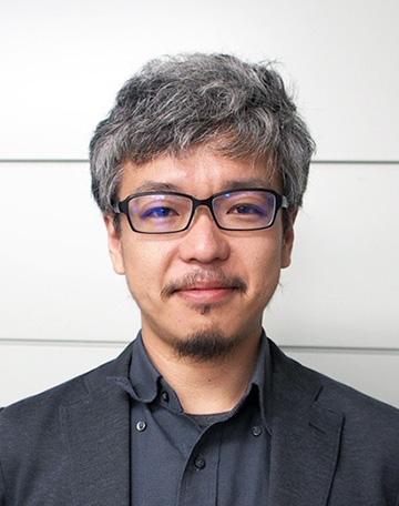 横須賀洋平先生が平成30年10月から准教授に着任されました
